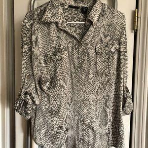 New York & co silky snakeskin print blouse